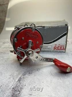 NEWELL R533-5.5 Big Game Fishing Reel With Original Box Red